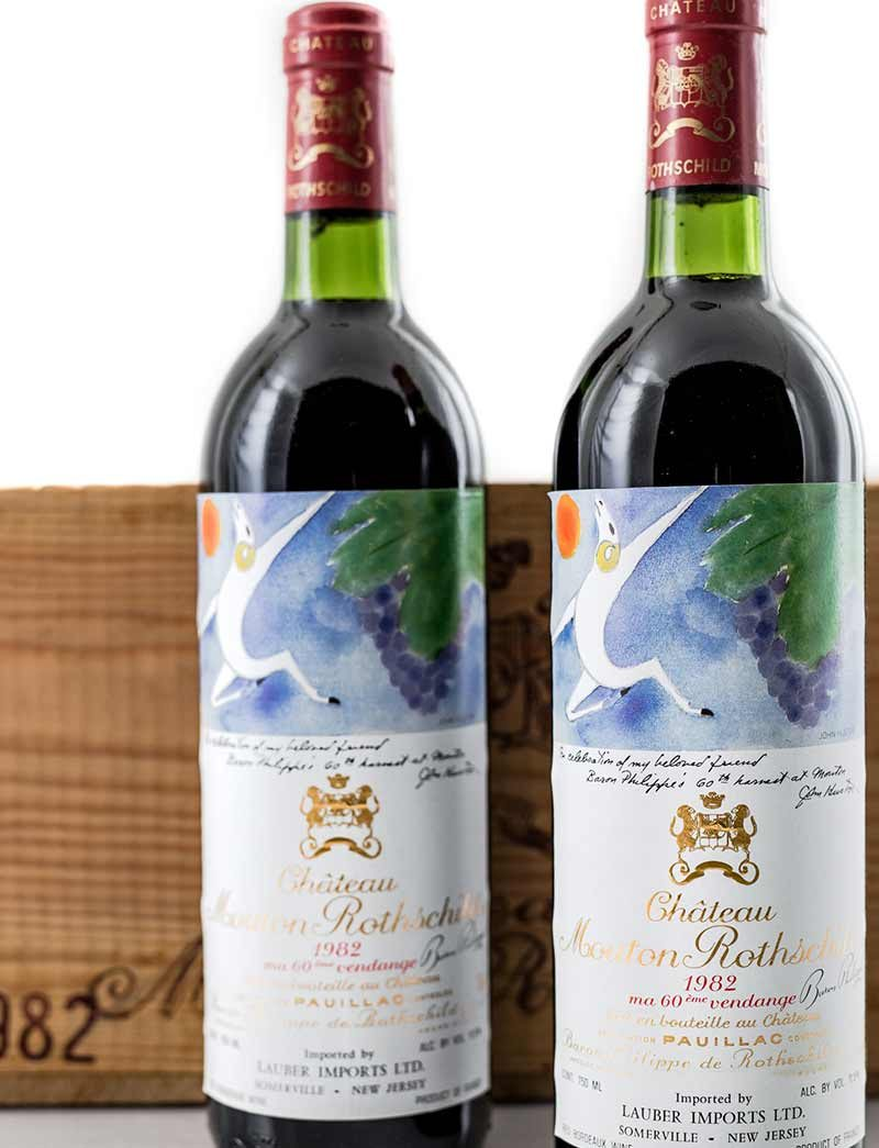 Lot 562: 12 bottles 1982  Chateau Mouton Rothschild